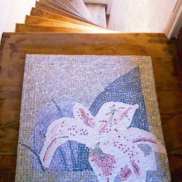 Doorstep marble mosaic carpet